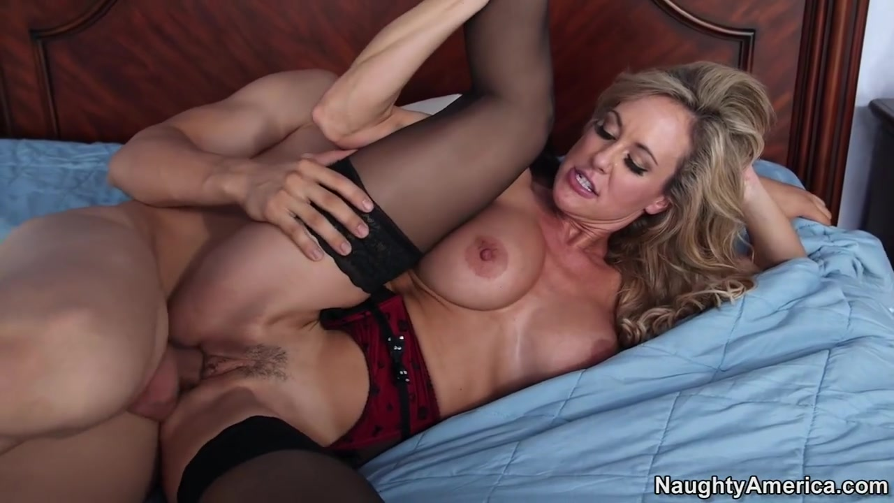 Brandi Love & Giovanni Francesco in My Friends Hot Mom Leaving Twins