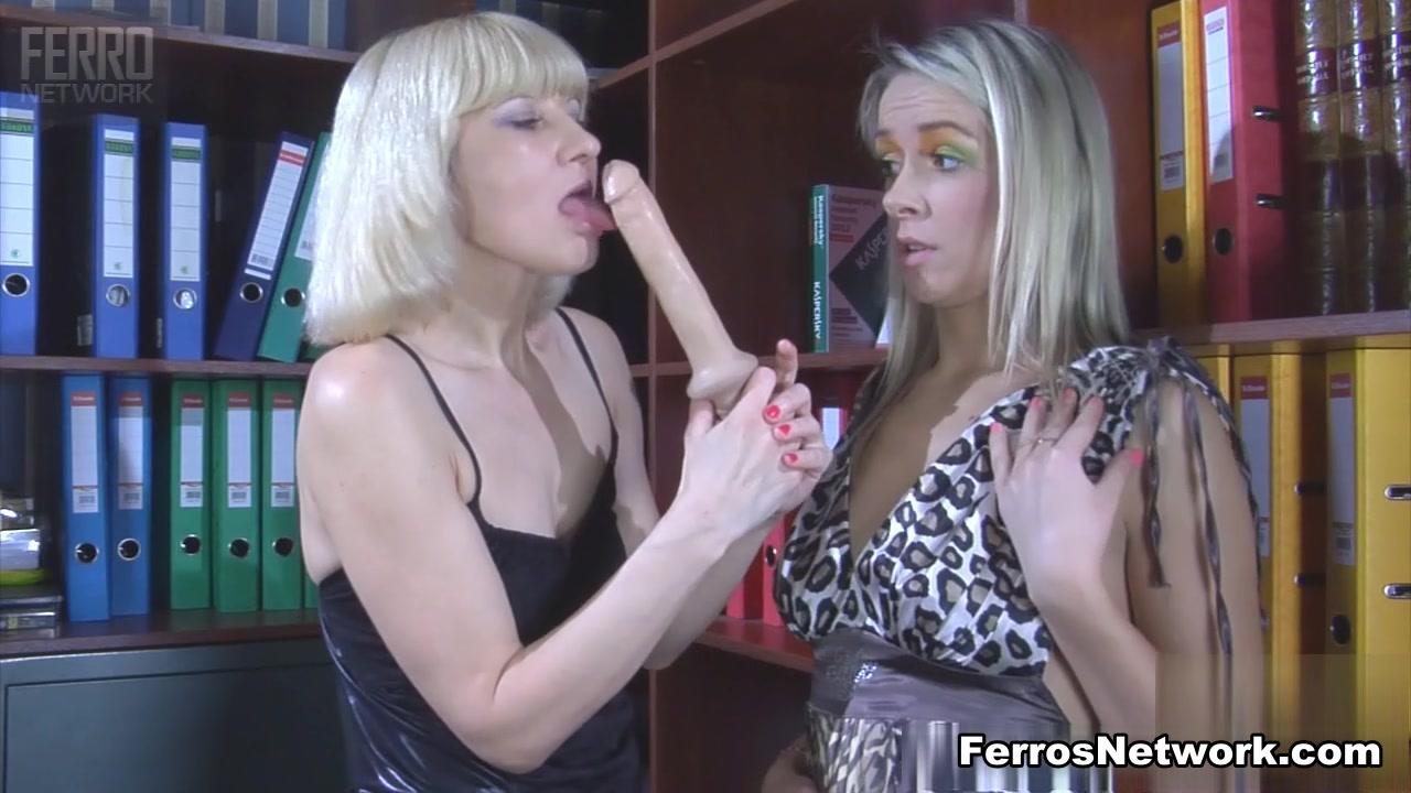 Lesbia porno Showed fuck
