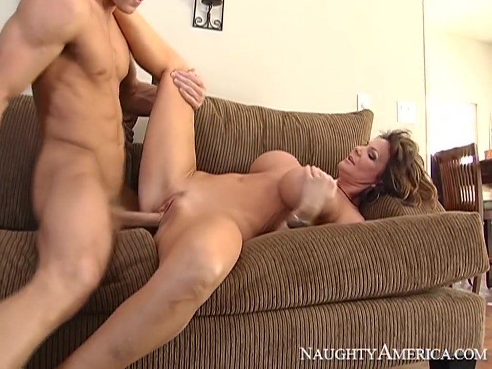 Deauxma & Johnny Sins in My Friends Hot Mom Hind Aunty
