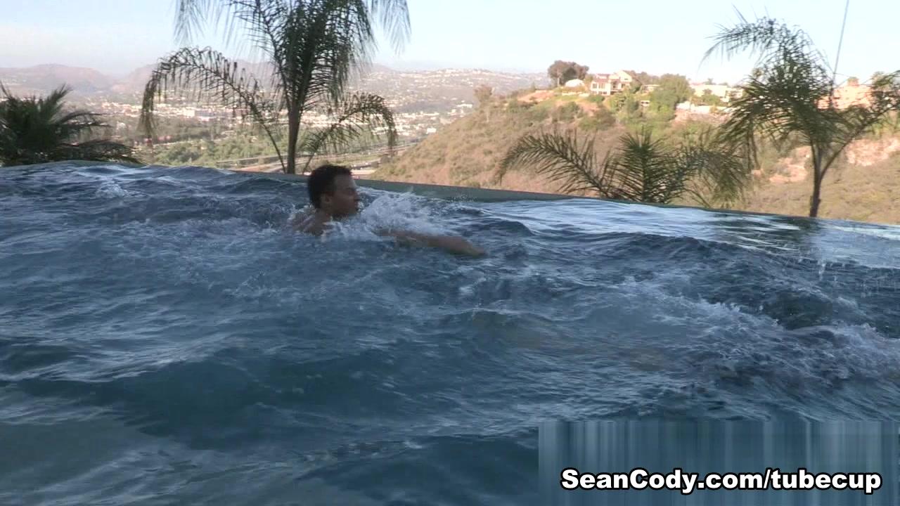 Sean Cody Video: Blake & Jayden - Bareback girls swim bare naked
