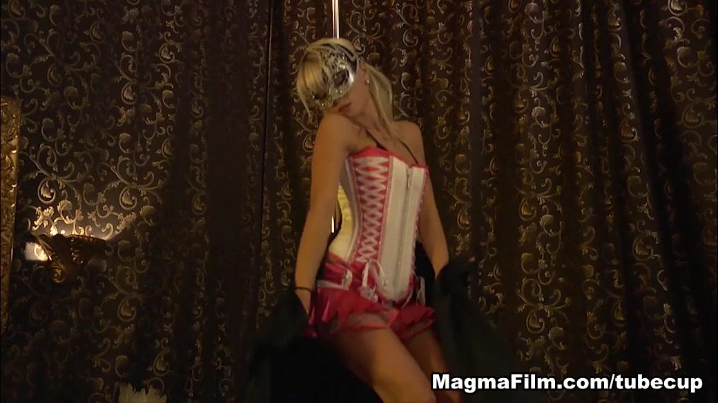 Masturbating On Stage Movie