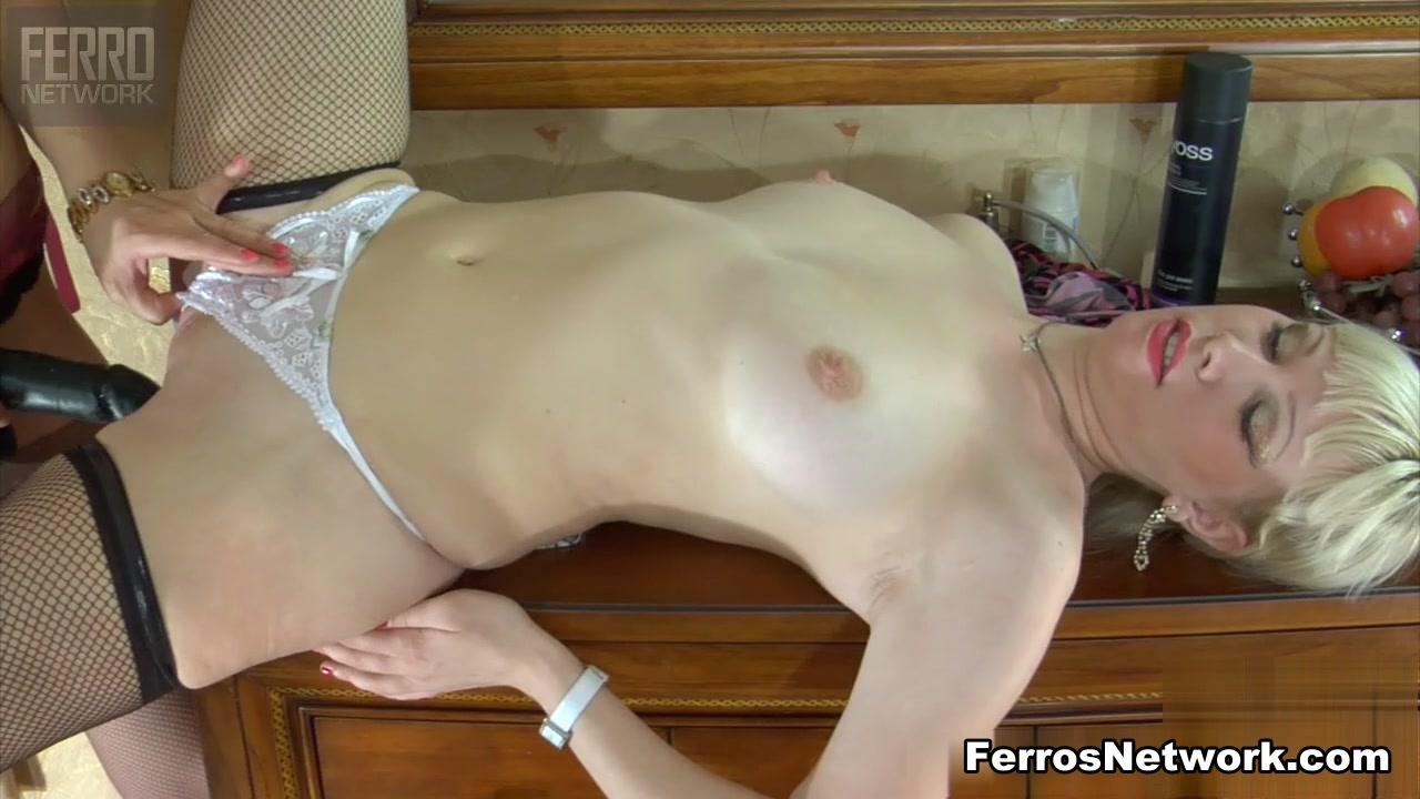Porn Domination lesbianas close