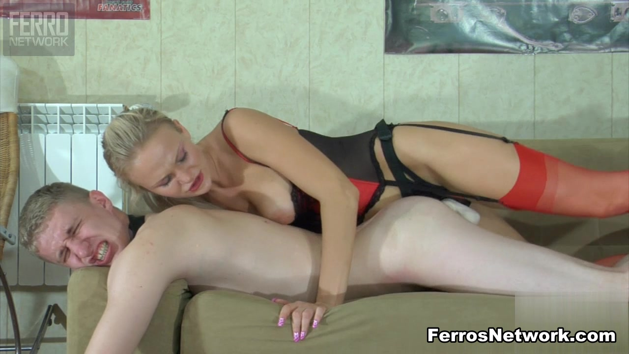 StraponPower Video: Dolly and Connor A Teem Steek Xvideo