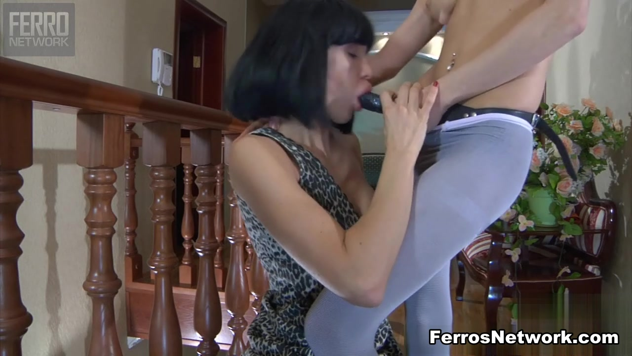 Blonde amazes blowjob in hd Incredible milf
