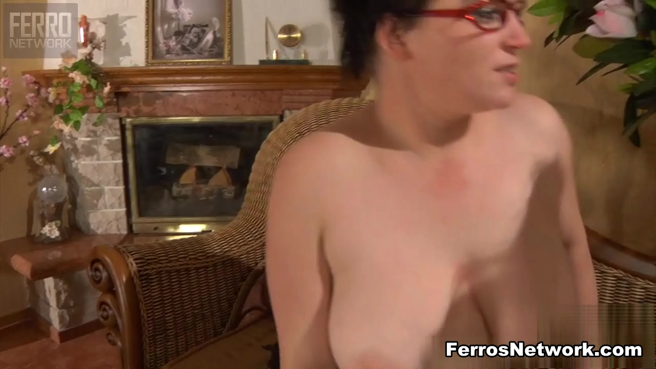 Sexy pornstar Lesben orgey