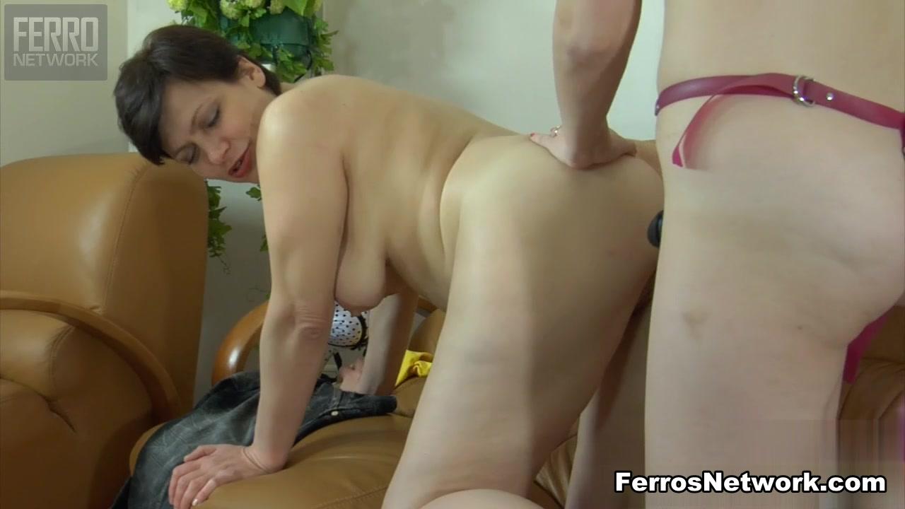 Porne Daughter fuckd lesbea