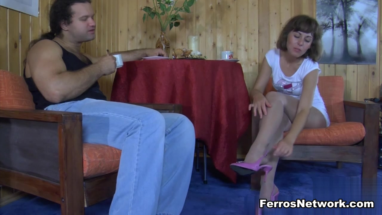 NylonFeetVideos Clip: Viola B and Lesley Really bad dry skin on face
