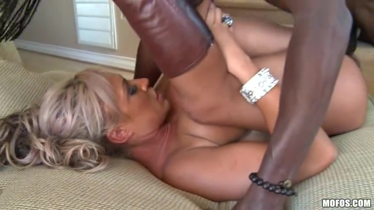 Sluts Natural masturbated lesben