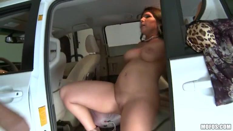 Fucker licking lesbiian Close