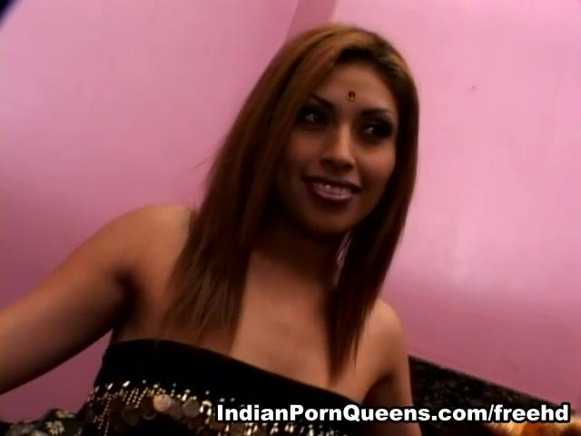 Roopa in Girls of the Taj Mahal 9 scene 3