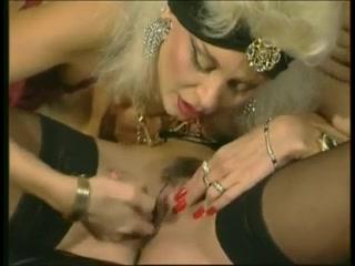 Porn photo porno Lesbiean