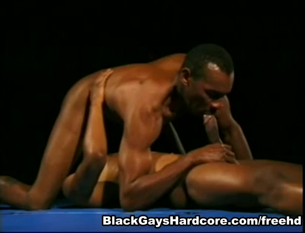 Ty Jones in Black Monster Dicks Video Angelica Saige fucks at the dentista??s office