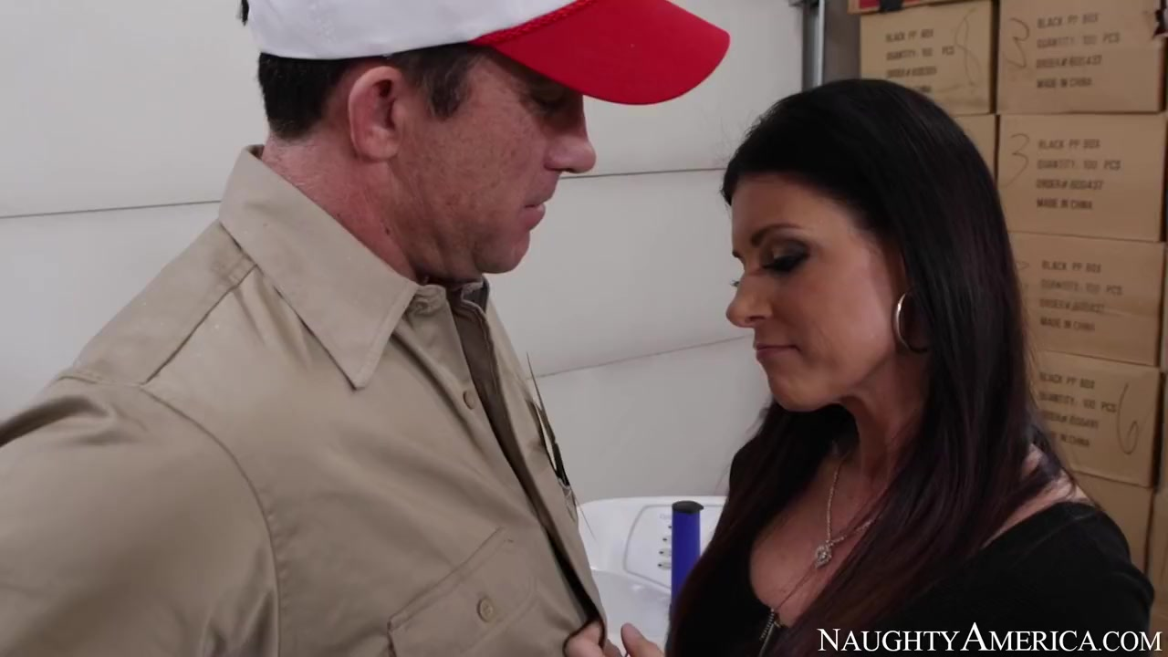 India Summer & Billy Glide in Neighbor Affair picture two girls one cup porn