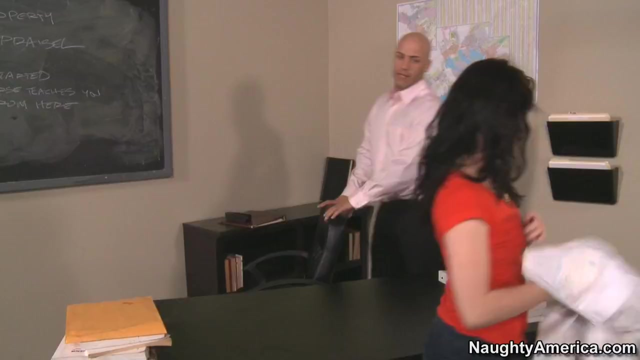 Jessi Palmer & Derrick Pierce in Naughty Book Worms Flashing brother