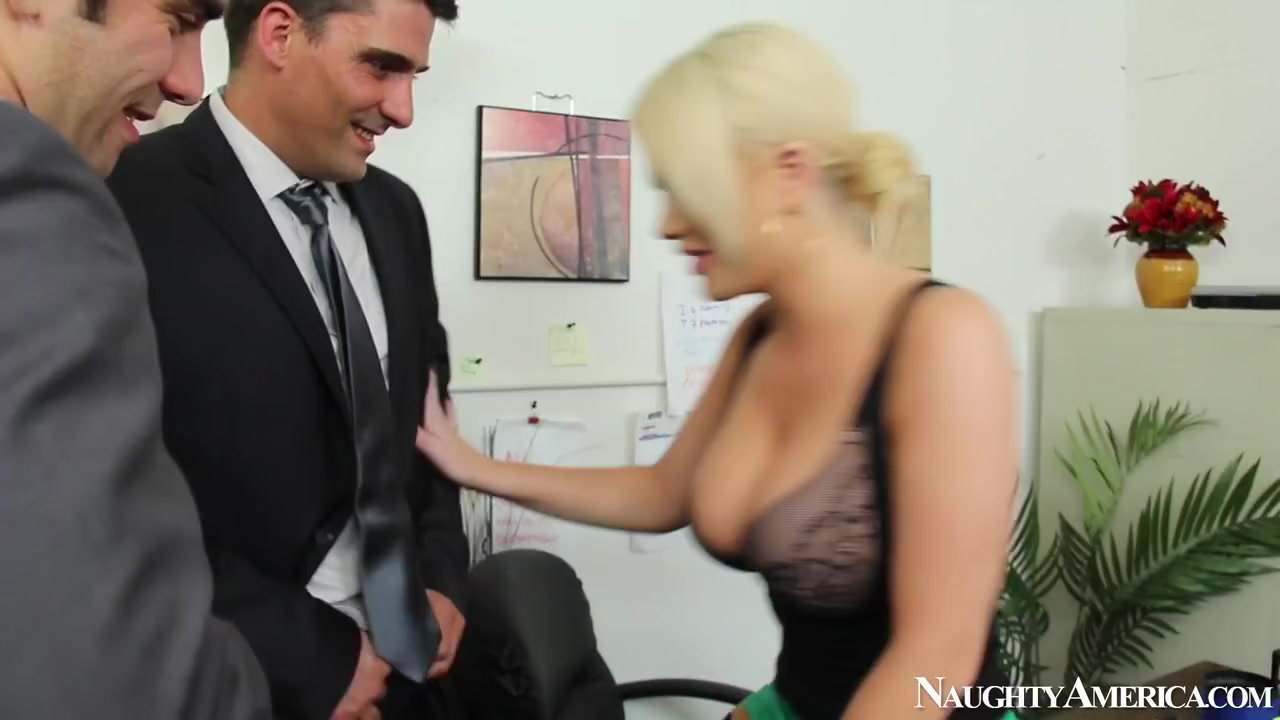 Alexis Ford & Logan Pierce & Toni Ribas in Naughty Office Teen amateur anal brazilian jenny gets her