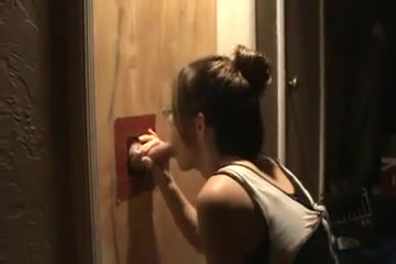 wife at the gloryhole