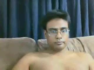Desi Guy Masterbating sex sa zivotinjama jebanje video
