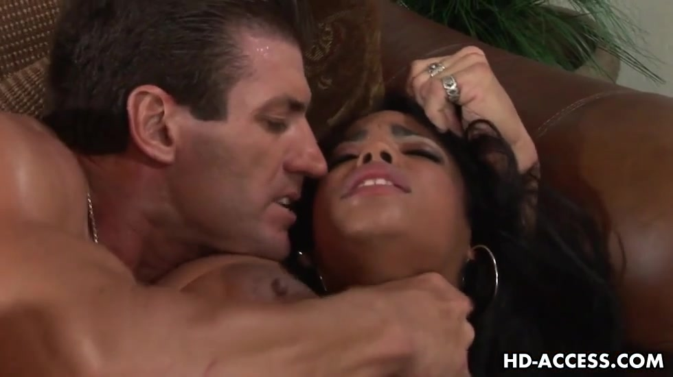 Biggest milk sacks whore with large marangos nailed hard Latina mature sex mpegs