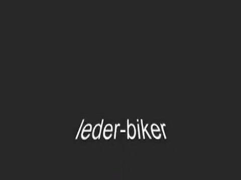 Lederbiker Blonde slave girl dildoed by male