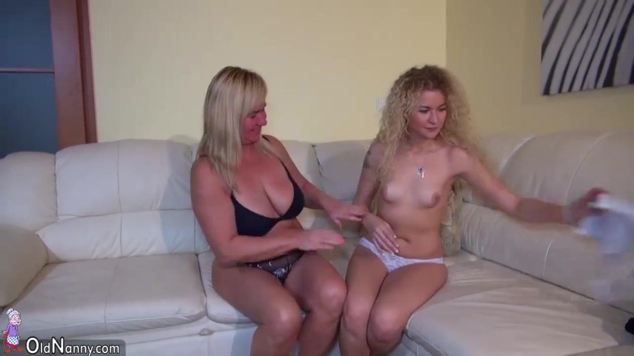 Porn masturbation lesbianas Stockings