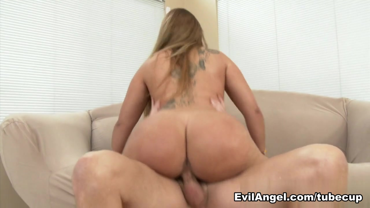 Klara Gold,Mark Wood in Butthole Barrio Bitches #03, Scene #03 angelina jolie wanted sexy