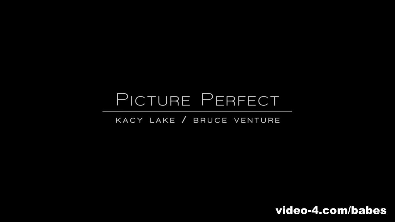 Kacy Lake in Picture Perfect Video Porno tanga in foto