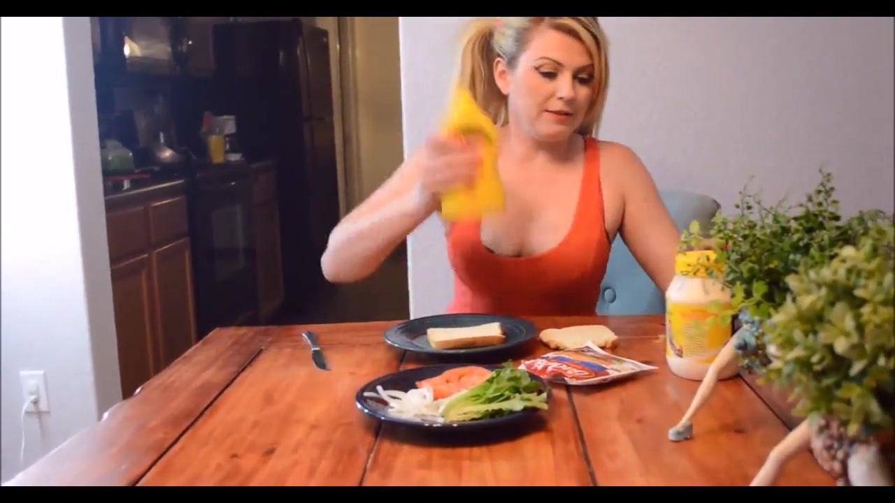 Cum Sandwich La Esposa que Juega a Dos Puntas