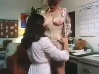 Lesbiab dating fuckin Kissing