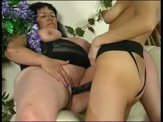 Orge Lesbias movie horny