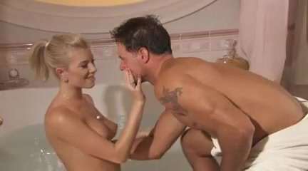 Dona Bell Bath