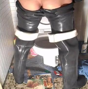 nlboots - westgate rivermaster waders piss rubber trousers Mature geman woman 2 cumshots