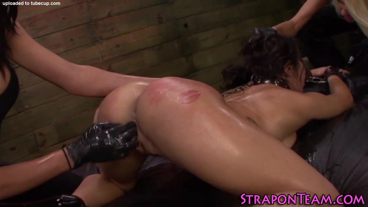 Lesbea orgasam Spanking close
