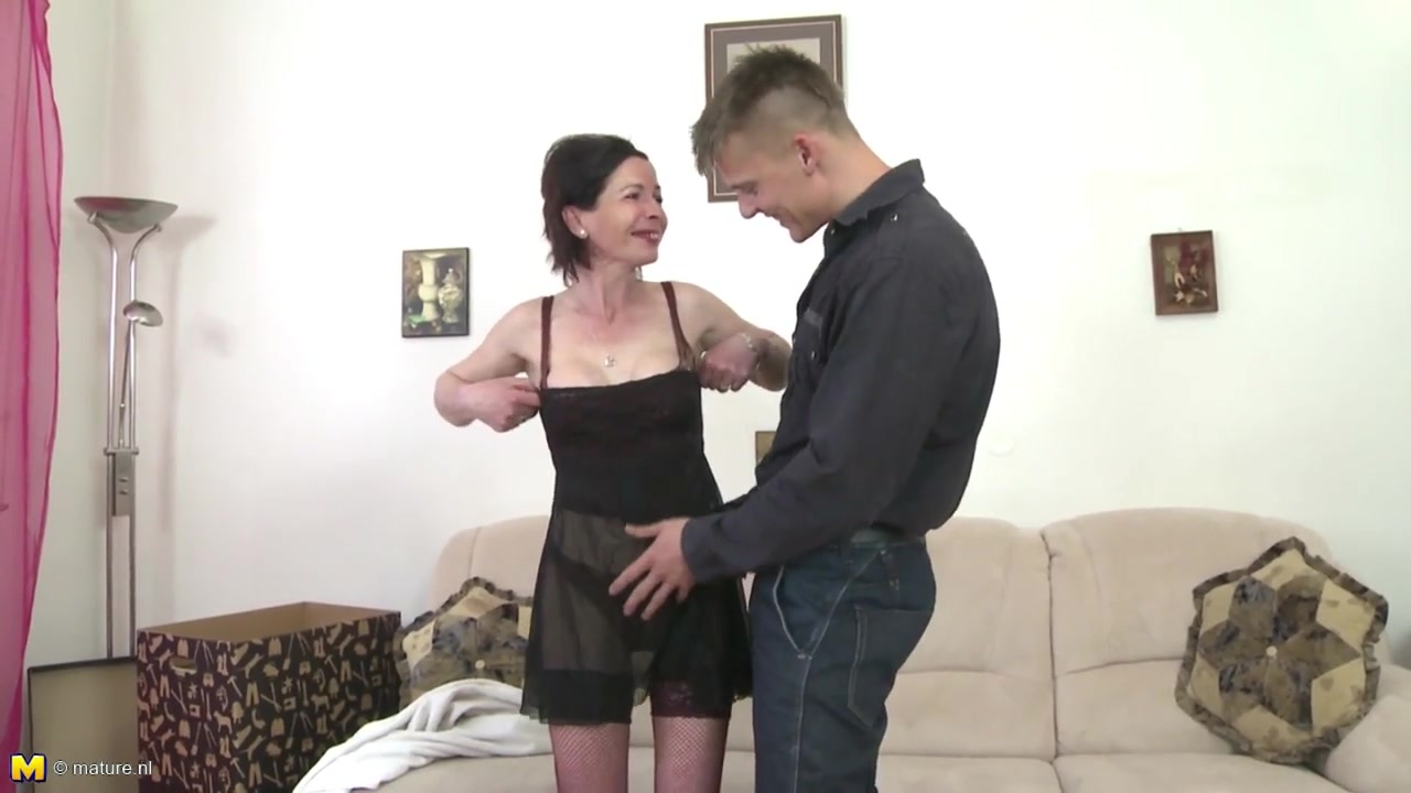 Skinny granny suck and fuck young boys cock revenge sex wife oral