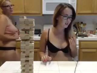 Sexo Latex fuckd lesbianas