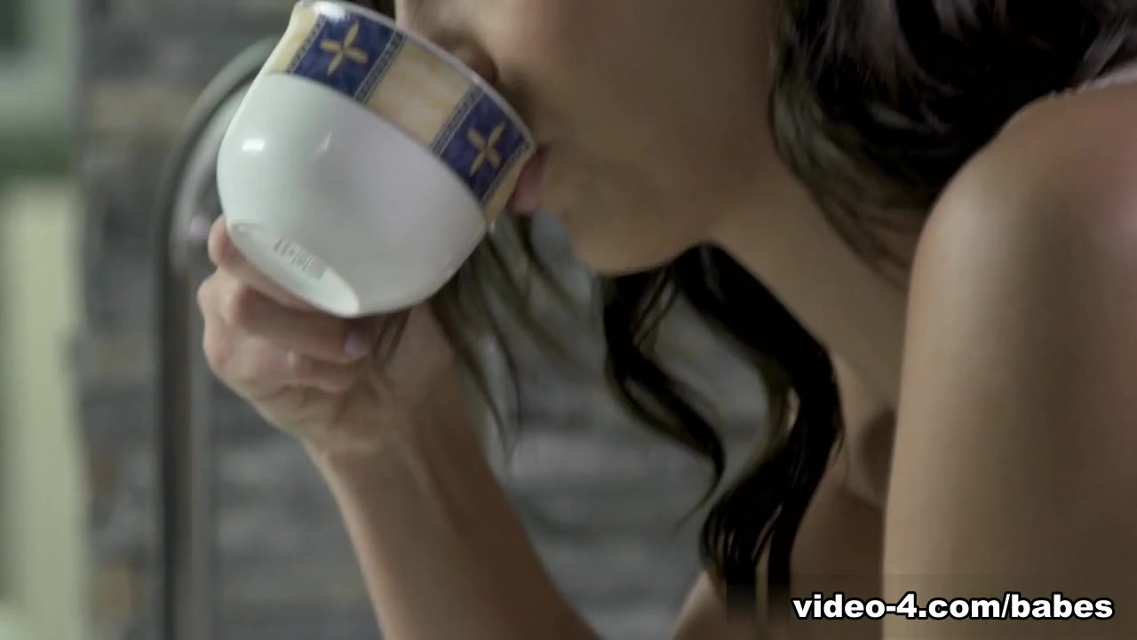 Two women video of Voyeur