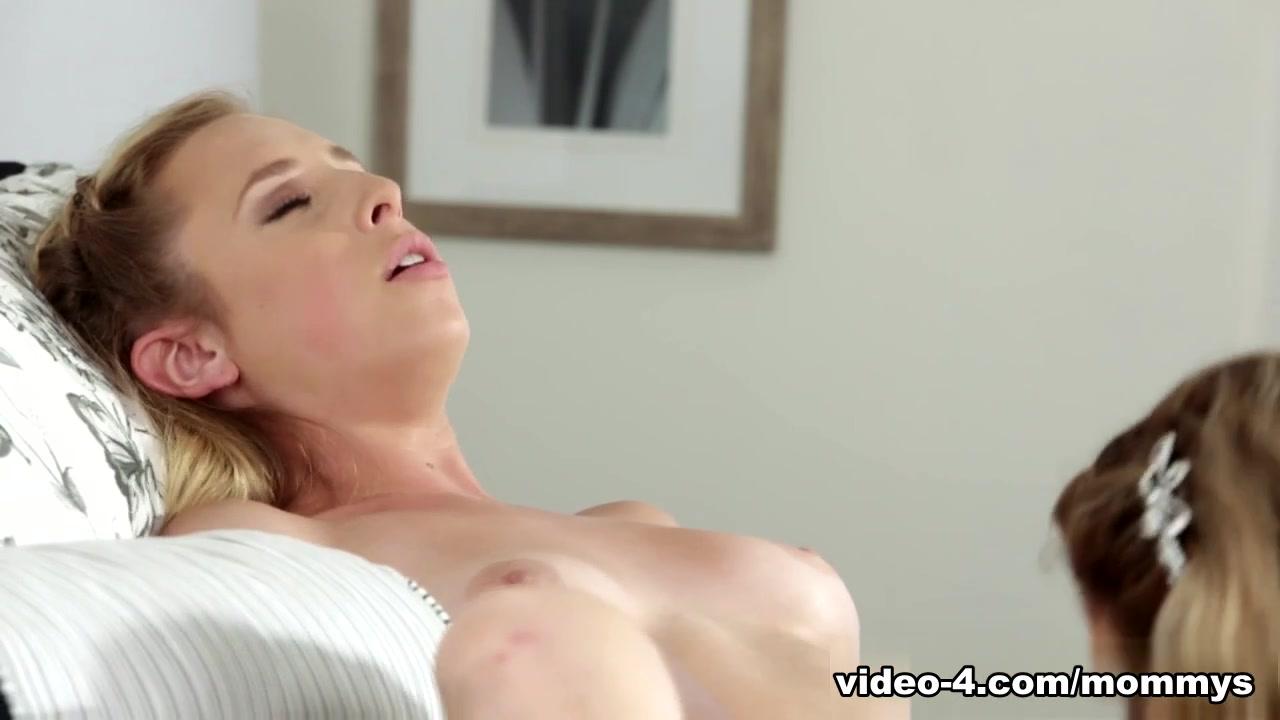 Xxx sexis Mature lesbi