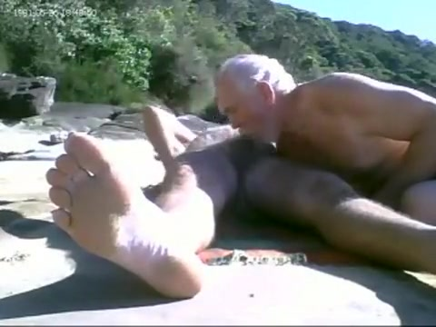 ENGULF ROD AT BEACH Milf With Huge Boobs and Sucking Lips