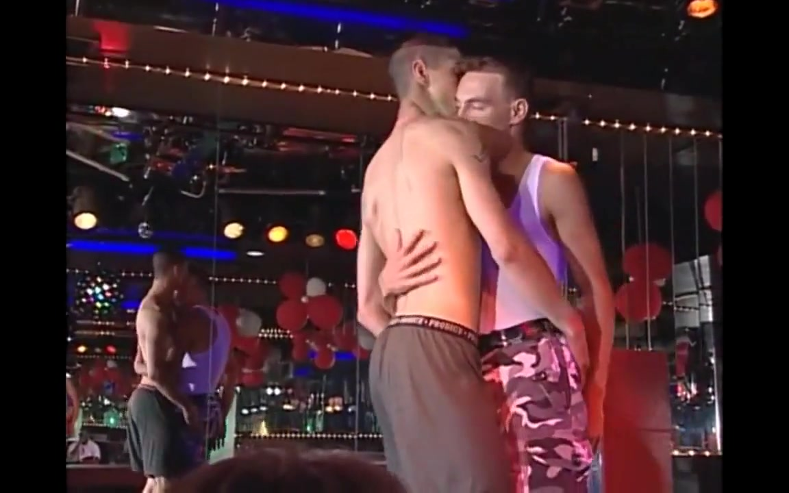 Hot shows in the homo bar 2 Naked country girl lesbian sex