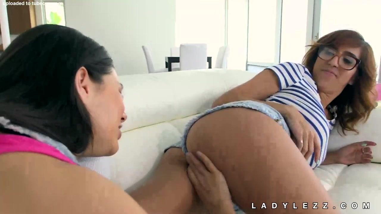 Sexo college Lesbianz