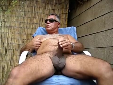 Backyard blow job - From the Vault Facial compilation with amateur girls