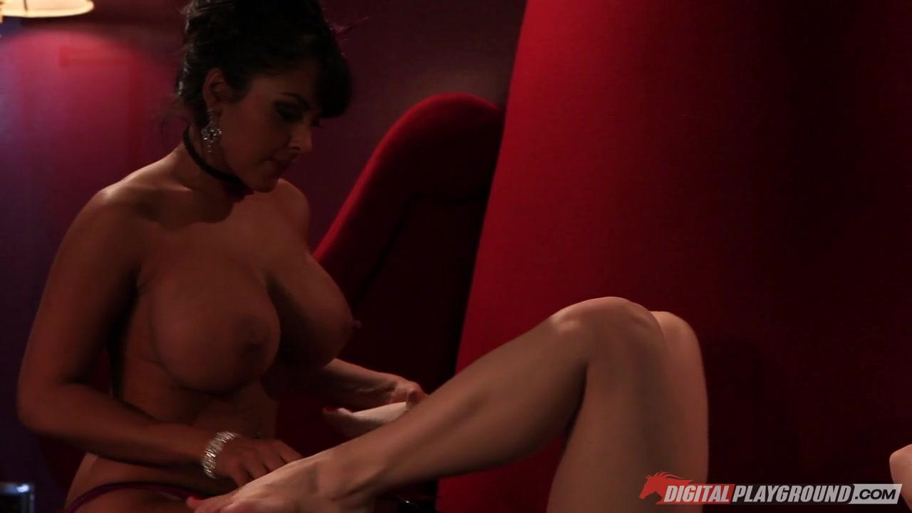 Fucked clit sexo Lesbie