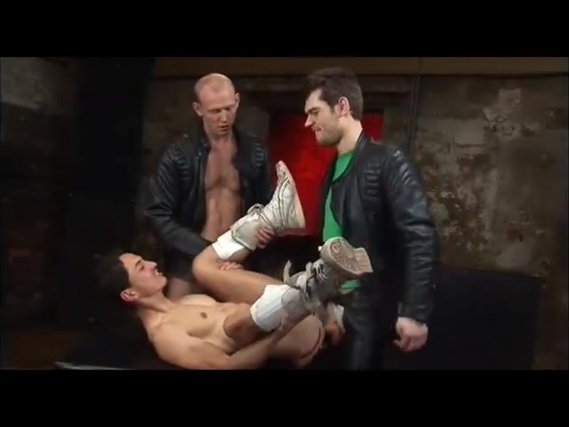 3 fellas, leather and sex. Stupid pictures to put on facebook