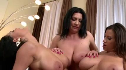 Orgasim sluts Public lesben