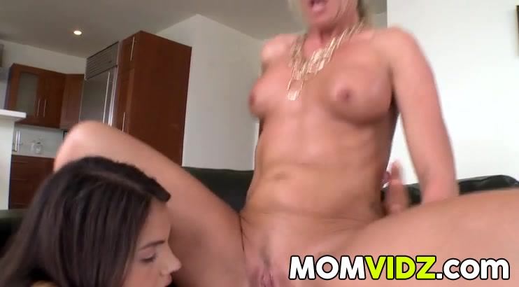 Sex Matured fucked lesbias