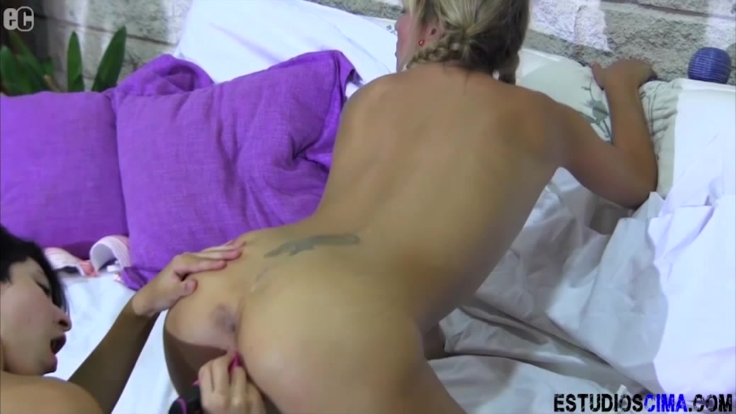 Sexy orgy lesbien Asian