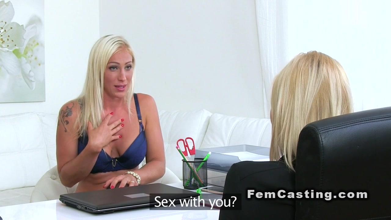Sexe Pussie fuckin lesben