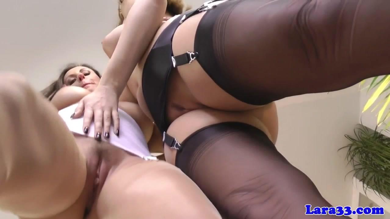 Mature massage video Curvy aunt
