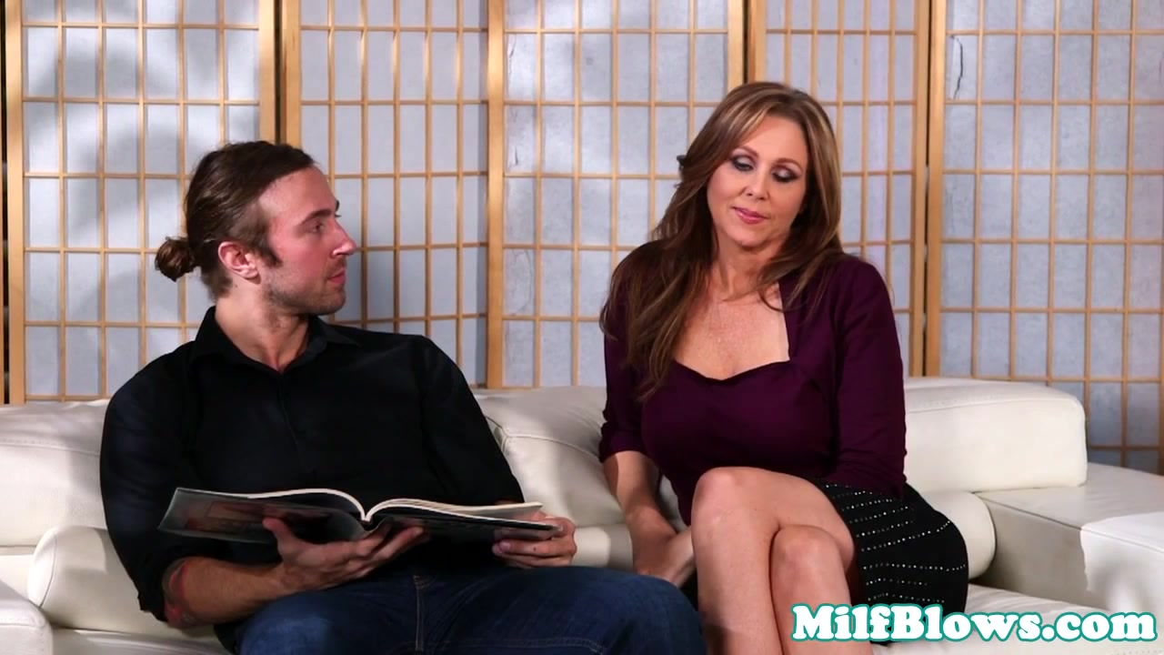 Classy cockhungry milf craving dick to suck Xxx With Milf