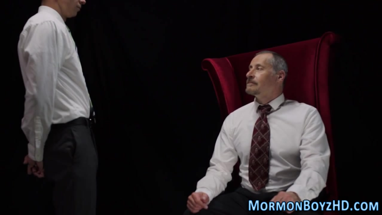 Mormon gets jerked off Wrestling star fucking babes
