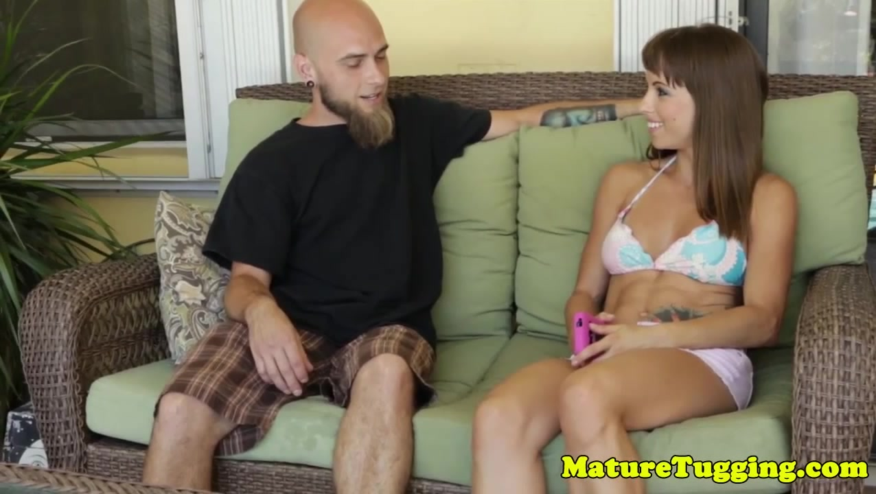 Toned bikini babe tugging lucky dude outside Guy fucks midget